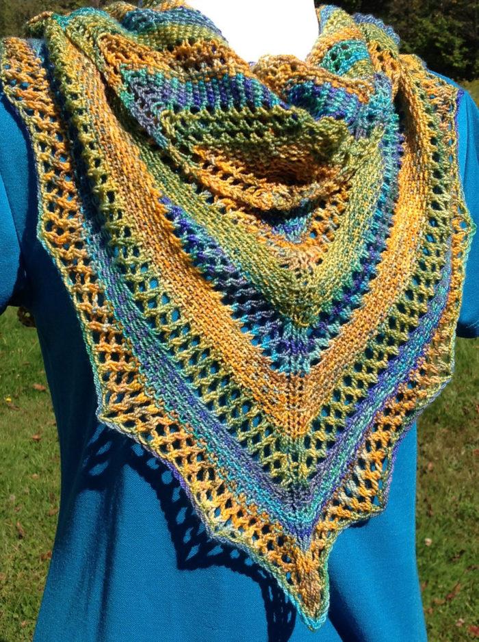 Free Knitting Pattern for Linen Stitch and Lace Shawl